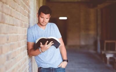 CONSEILS POUR PRIER à LA MAISON avec la Bible